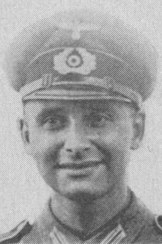 Becker Helmut